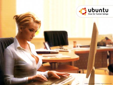 Obligado a instalar linux Ubuntu_wallpaper_girl_sexy31